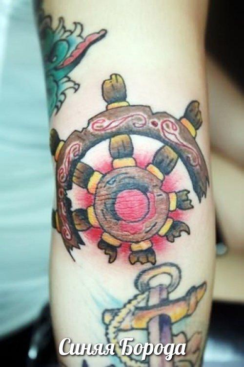 Татуировки у локтя